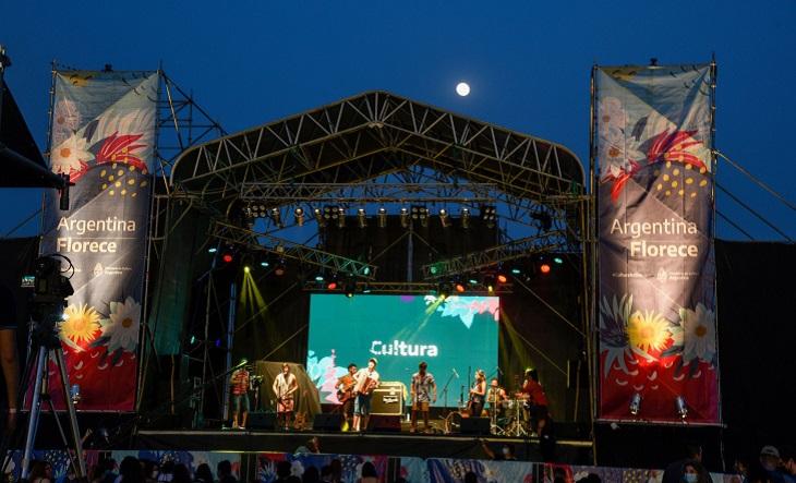 """El festival """"Argentina Florece"""" desembarca con Karina """"La Princesita"""" - El1 Digital"""